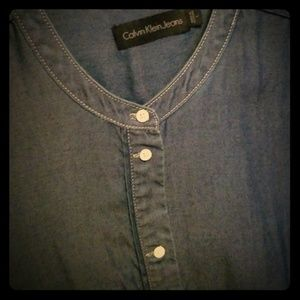 💥🍁 Calvin Klein nwot chambray button up sz large